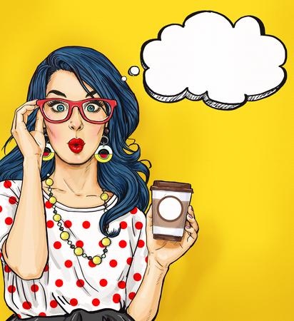 Pop Art dívka s šálkem kávy v brýlích s myšlenkou bubliny. Pozvánka Party. Narozeninové přání. Hollywood, filmová hvězda. Comic žena. Sexy girl.