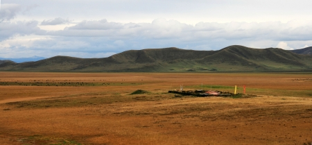 the largest: the Ruoergai Prairie-one of the three largest wetland in China