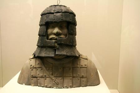 Qin terra-cotta 전사와 말 인형 사이에서, 중국
