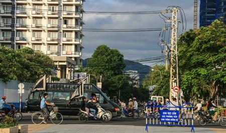 procession: La procesi�n f�nebre en Nha Trang, Vietnam