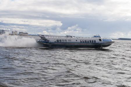 hovercraft: st peterburg speed boat