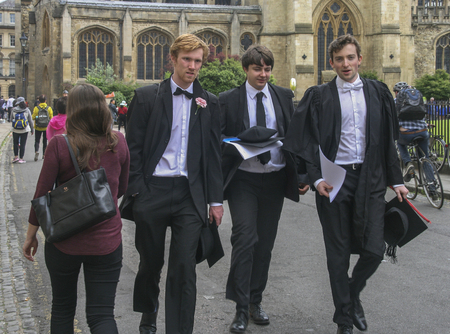 The students after graduation in University of oxford