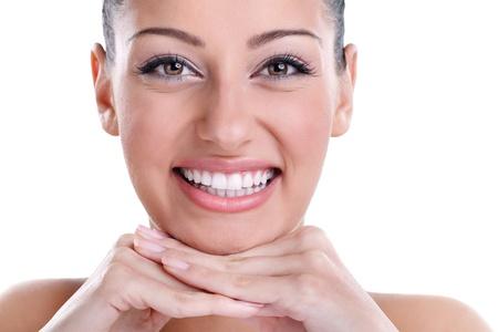 dentier: Belle souriant avec la santé des dents parfaites