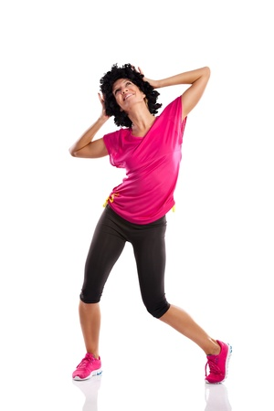 zumba: mujer joven que hace deportes baile Zumba