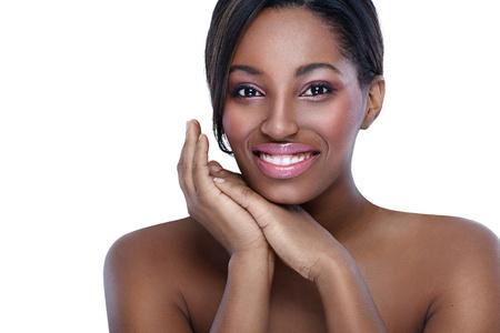 mujeres negras desnudas: Hermosa mujer africana, el concepto de piel sana y pura Foto de archivo