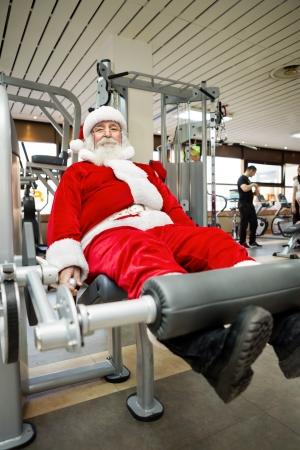 pere noel: P�re No�l, faire des exercices avant de livrer des cadeaux