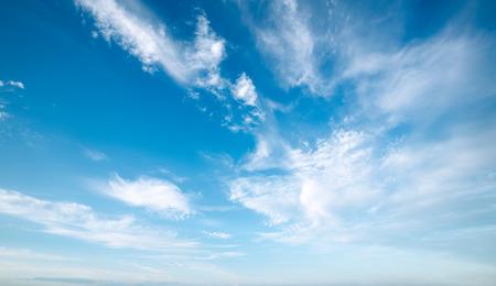 blu:  Blu sky with clouds