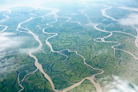 Prachtige rivieren, uitzicht vanaf vliegtuigen