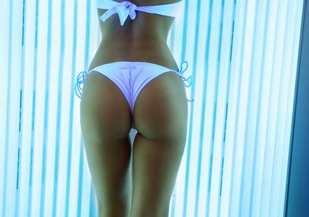 sexy young girl: Sexy назад женщины в солярии