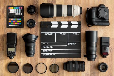 professionelle Kameras und Kameraobjektiv Draufsicht Standard-Bild