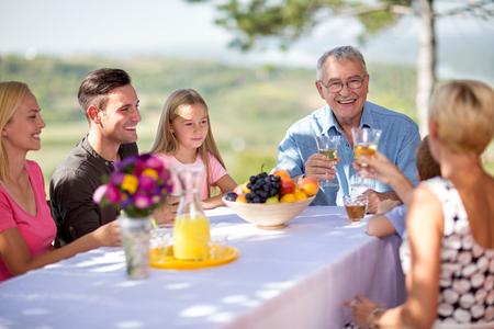 Happy family smiling together outdoor Zdjęcie Seryjne