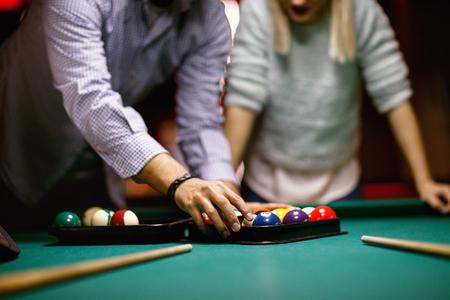 billiard game -sorting balls for beginning game Archivio Fotografico - 118116343