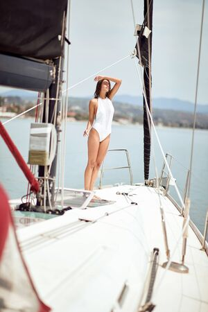 Happy sexy girl on yacht having fun. Banque d'images - 149579641