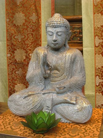 Sitting Buddha Statue with Lotus