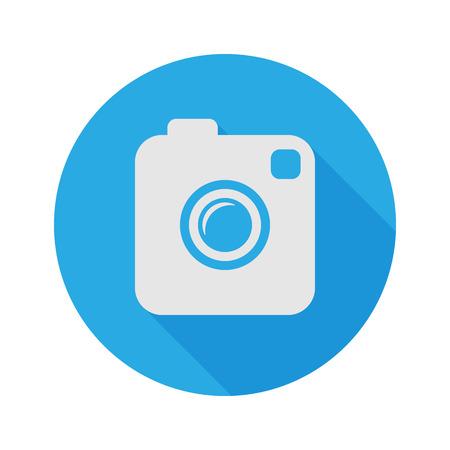 macchina fotografica: Foto o videocamera. Piano Stile con una lunga ombra. Vector Icon.
