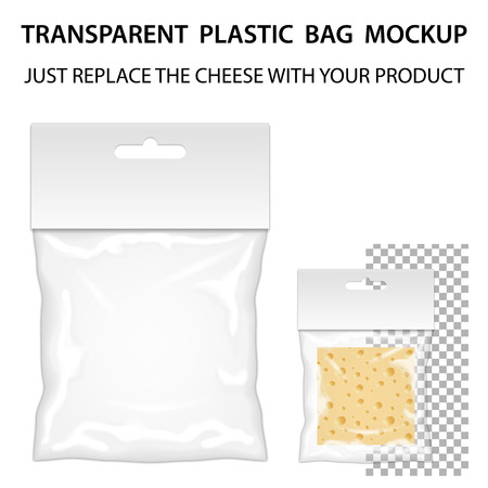 envases de plástico: Bolso transparente de plástico Maqueta listo para su diseño. Plantilla de embalaje en blanco con la ranura para colgar. Aislado En Fondo Blanco. Vector.