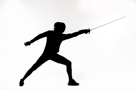 illustration of fencer silhouette with the sword.Studio silluette photoshoot Imagens