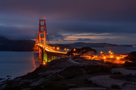 Golden Gate Bridge at night 免版税图像