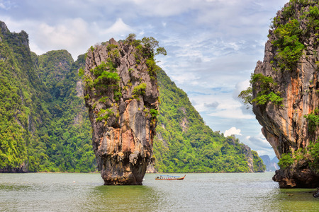 james bond's island: James Bond island in thailand, ko tapu
