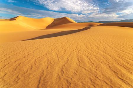 torrid: Mesquite Flat Sand Dunes at sunrise, Death Valley National Park, California, USA
