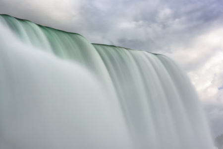 brink: Niagara Falls closeup