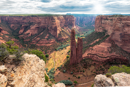 Arizona lanscape - Spider rock at sunrise, Canyon de Chelly, Apache County, Arizona 版權商用圖片