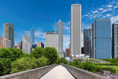 Downtown Chicago view from the Millennium Park, Chicago, Illinois, USA. 新闻类图片