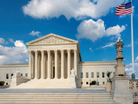The front facade of the United States Supreme Court in Washington, DC, USA. 新闻类图片