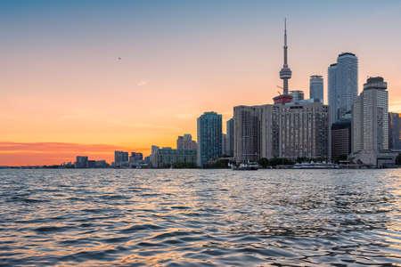 Toronto skyline. Downtown at sunset - Toronto, Ontario, Canada. 新闻类图片