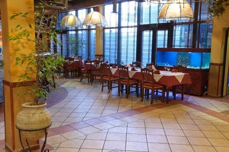 Italienisches Restaurant mit einer traditionellen Interieur Standard-Bild - 9583108