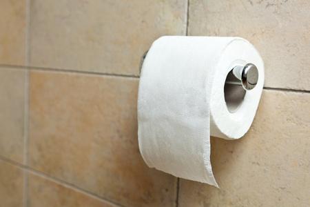 papel higienico: Este es un primer plano de un papel higiénico Foto de archivo