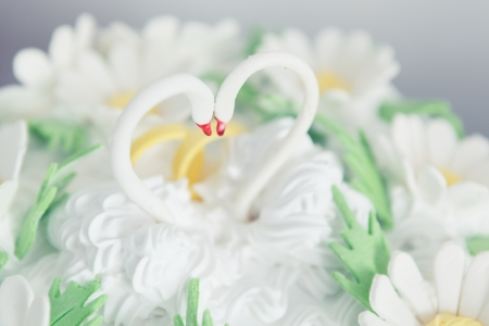 Wedding cake swans topper photo