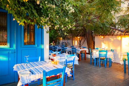 CYPRUS, AYIA NAPA - SEPTEMBER 25 2016: classic Cypriot taverna. 에디토리얼
