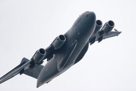 us air force: US Air Force C17 Globemaster cargo jet in flight