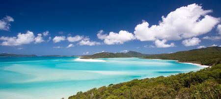 whitehaven beach: Hill Inlet and Whitehaven beach in the Whitsunday Islands, Australia.  This scenic view is truly paradise.