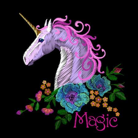 Fantasy unicorn embroidery patch sticker. Pink violet mane horse flower arrange poppy rose ornament. Cartoon badge magic vector illustration art Vettoriali