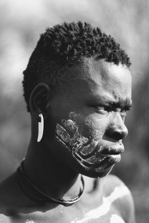 ethiopian ethnicity: portrait of ethiopian mursi man