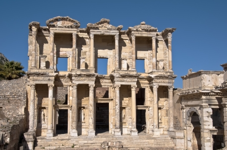 ade: Fa�ade of the Celsus library in Ephesus
