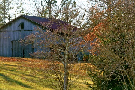 A rustic barn set in the hills of London, Kentucky
