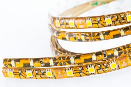 LED-Streifen zu vergleichen mit dem 1-Chip-und 3-Chip SMD LED Standard-Bild - 10361561