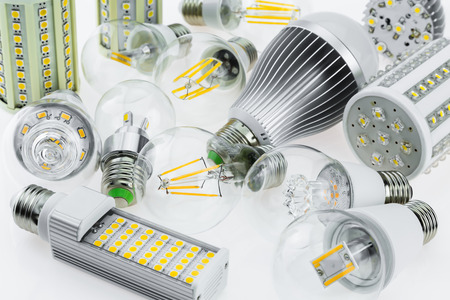 e27: a lot E27 LED bulbs with different types of chips