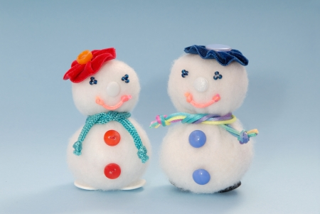 Snowmans are made out of syntepon  photo