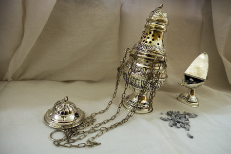cultic: incense