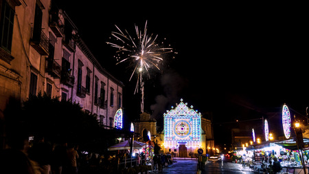 cava: patronal feast of Mary Most Holy Queen Crowned dellOlmo in Cava de Tirreni with fireworks and sparks 2