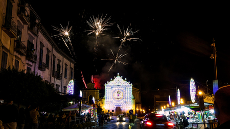 cava: patronal feast of Mary Most Holy Queen Crowned dellOlmo in Cava de Tirreni with fireworks and sparks 4