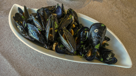 peppered: peppered mussels
