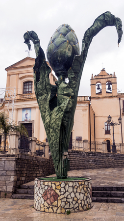 the monument to the Cerda artichoke in the province of Palermo