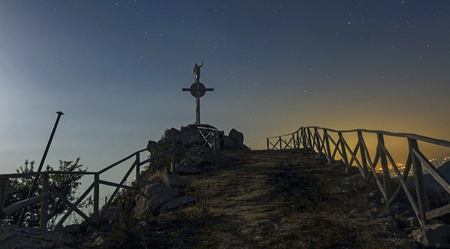 The cross of the Redeemer on the Kalfa mountain - nocturnal Stock Photo