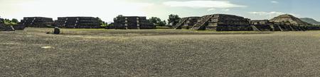 Overview of Teotihuacan 版權商用圖片