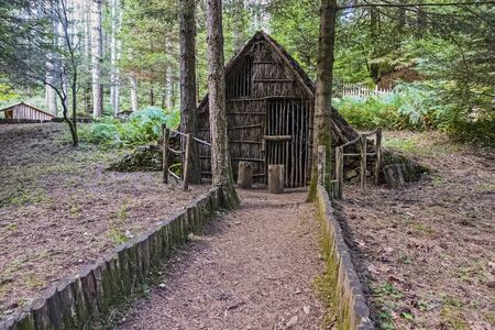 hut of a rudimentary Calabrian village - 450